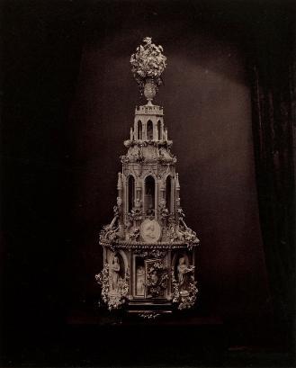 Royal Wedding Cake, 1863 (albumen print, courtesy of the Royal Collections Trust RCIN 2905626)