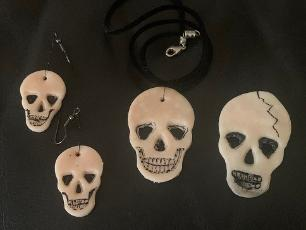 Create Skull jewellery inspired by our skulls in the Tate Hall Museum