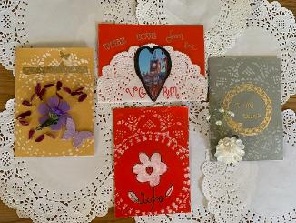 Make your own Victorian inspired Valentine's Day cards