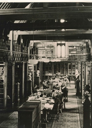 The Tate Hall Library with students circa 1930s