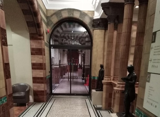 Entrance to gallery corridor leading to galleries 3-8