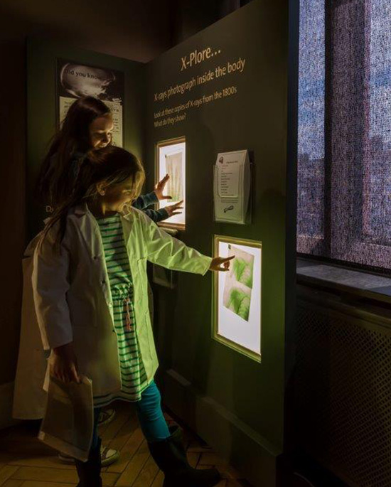 Children looking an an exhibit